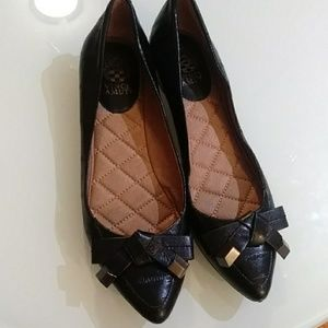 Vince Camuto Flat Shoes